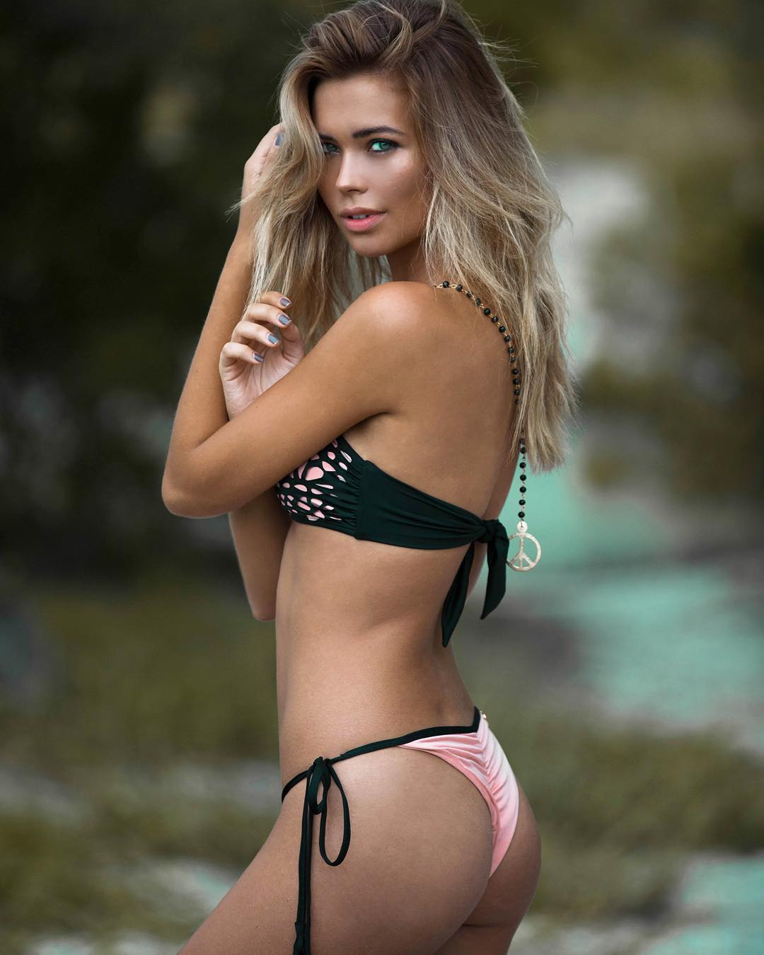 2019 Sandra Kubicka nude (22 foto and video), Tits, Cleavage, Twitter, braless 2015